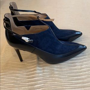 Navy blue and indigo booties w ankle strap w-10